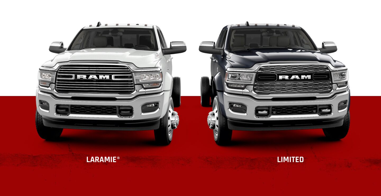 Una imagen deslizante que muestra dos versiones de laRamChassis Cab2021:Laramie y Limited.